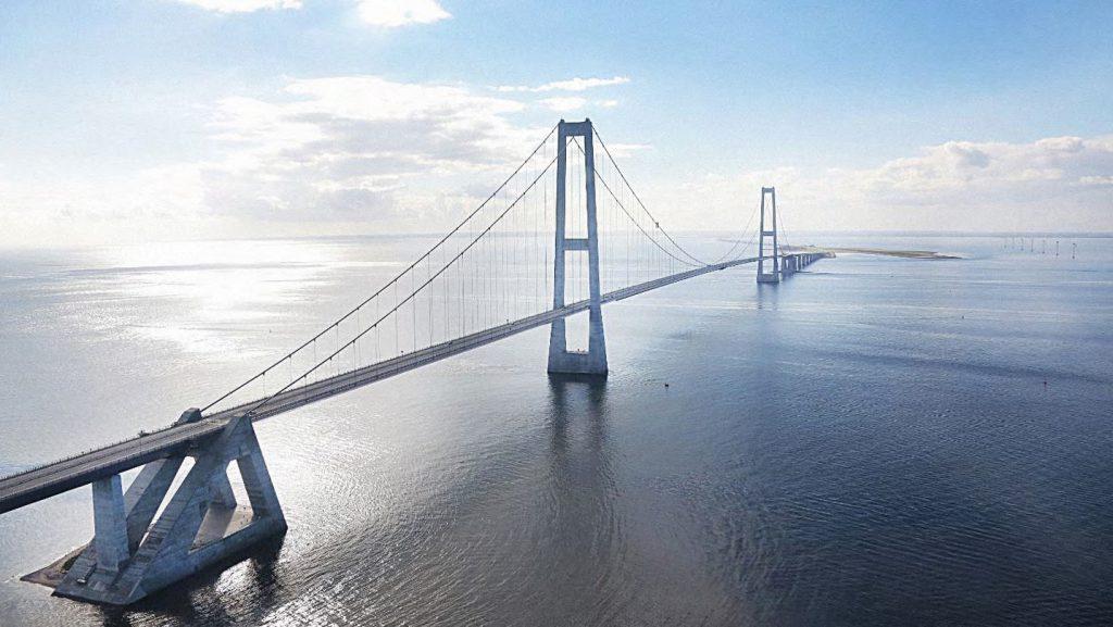 Store Bælt-broen i Danmark.